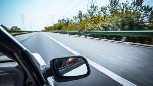 Na ceste to môže byť občas nebezpečné, hlavne ak nemáte zákonné poistenie auta